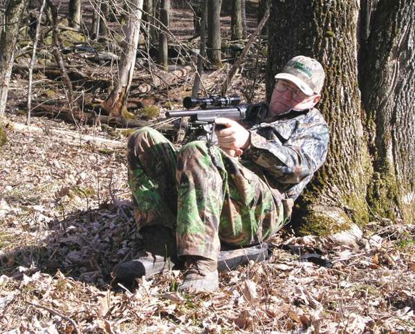 Seated position for hunting handgun