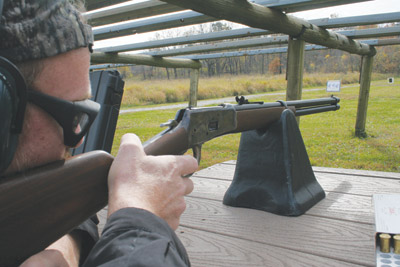 Shooting the EMF Deer Hunter MModel 1892 Winchester